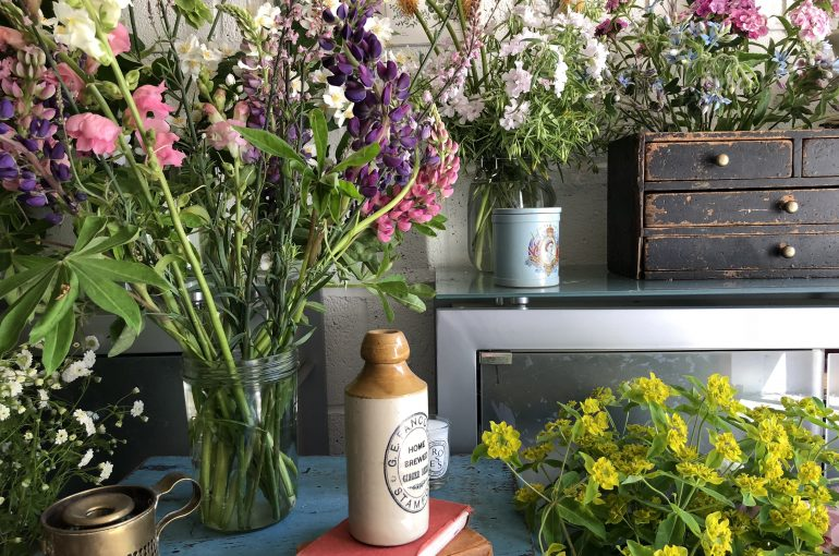 30Before30 Experience – Flower Arranging