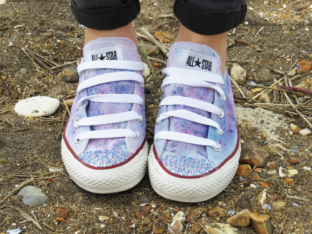 5030ec4c2b22 How To custom Your Converse with Dylon Fabric Dye